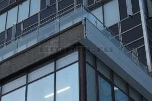 Ограждения из нержавеющей стали и стекла фото