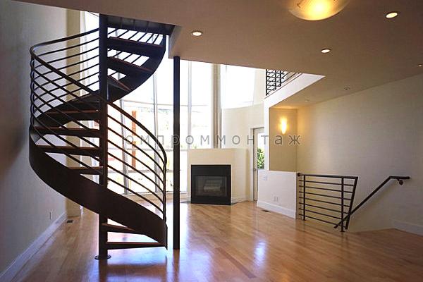 Винтовая компактная металлическая лестница