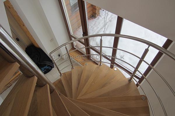 Винтовая больцевая лестница