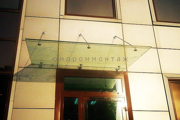 Изготовление стеклянных козырьков и навесов