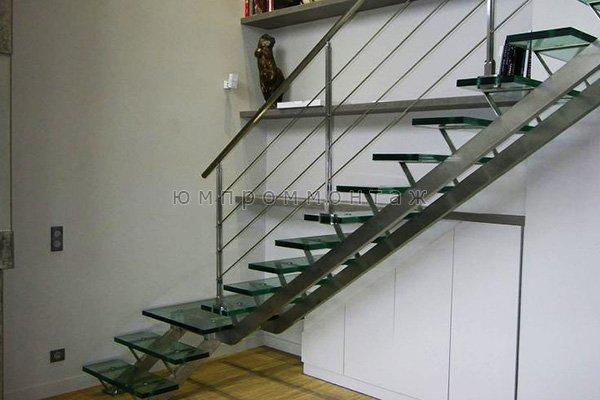 Купить маршевую лестницу в Москве