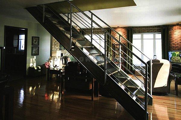 Заказать металлическую маршевую лестницу
