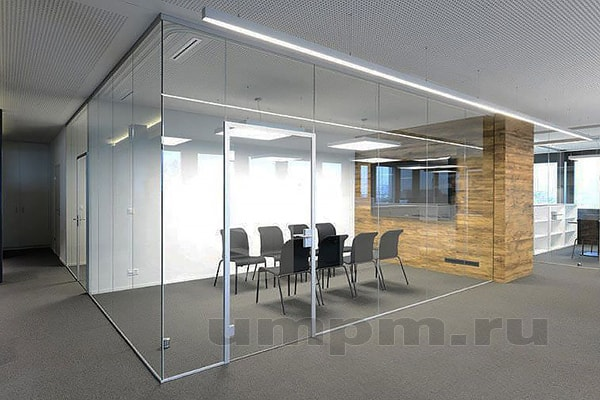 Стеклянные перегородки для зонирования помещений офисов